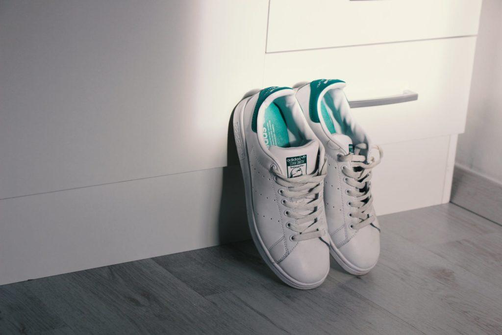 entretien-chaussures-stan-smith-boutique-accessoires-chaussures